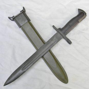 Unused WW2 American Utica UC BROWN GRIPS handle M1 bayonet