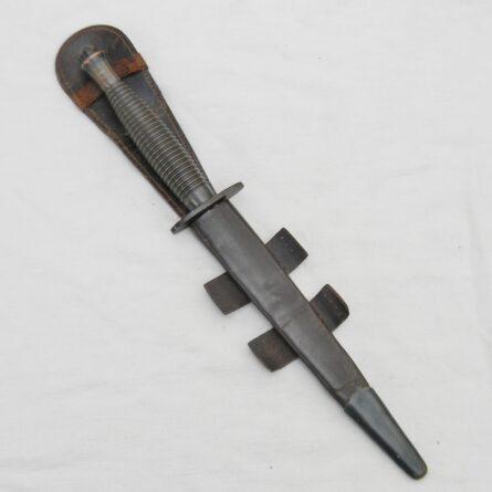 WW2 Fairbairn-Sykes dagger