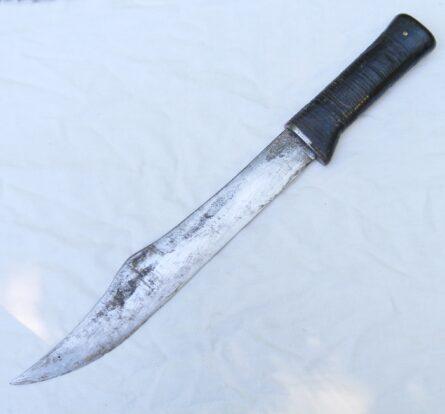 large WW2 era American theater fighting knife