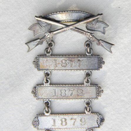 New York National Guard regimental Rifle Marksman silver badge