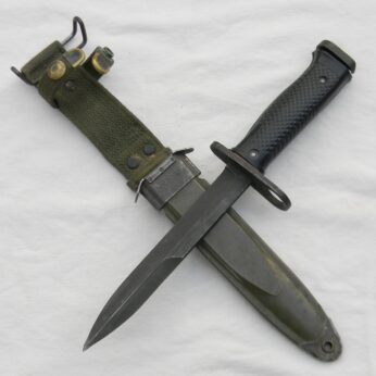 Vietnam War US fighting knife