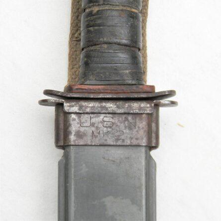 WW2 PAL USN MK2 fighting knife red spacer