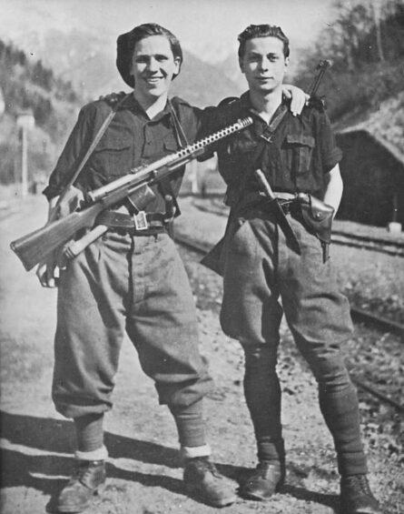 Italian militia-M1939 knife