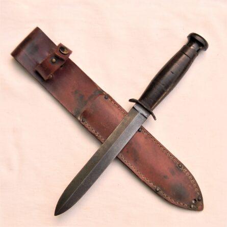WW2 CASE stiletto blade fighting dagger