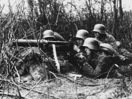 WW1 Maschinengewehr_08 crew
